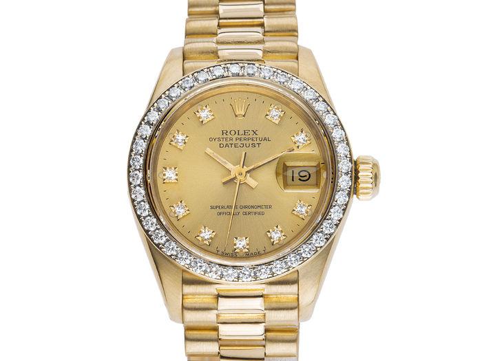 Os relógios Rolex tornaram-se uma opção muito segura para os investidores.  Estes agora preferem relógios do que investimentos financeiros. 48ae27ee9fd