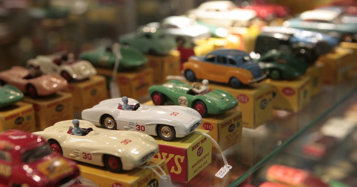 comment d terminer la valeur des dinky toys et autres voitures miniatures catawiki. Black Bedroom Furniture Sets. Home Design Ideas