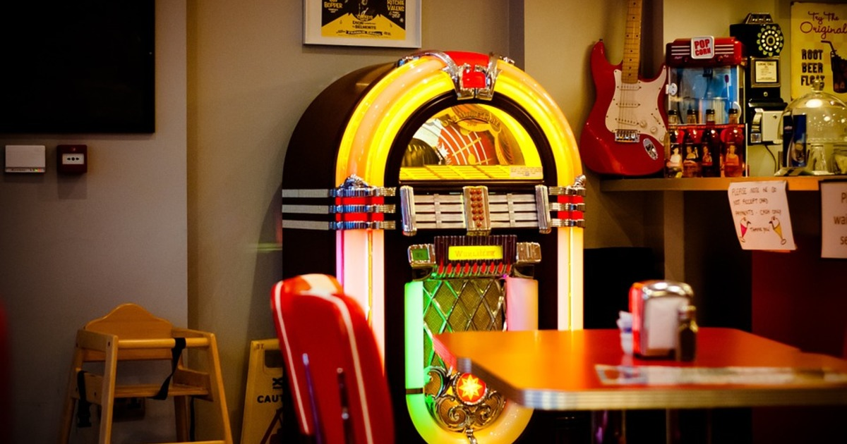 Top 5 of the Most Expensive Jukeboxes Ever Made - Catawiki