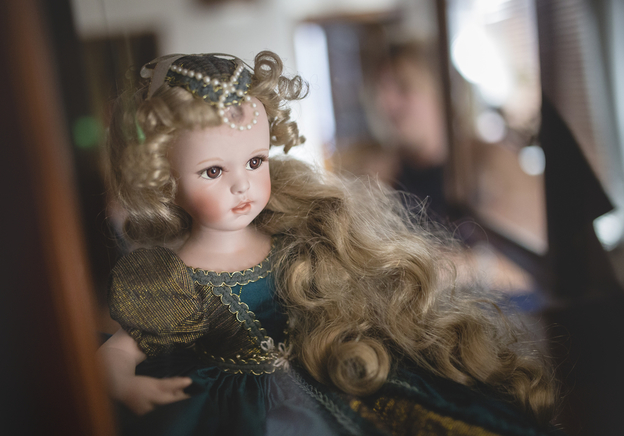 How to Determine the Value of Your Antique Dolls