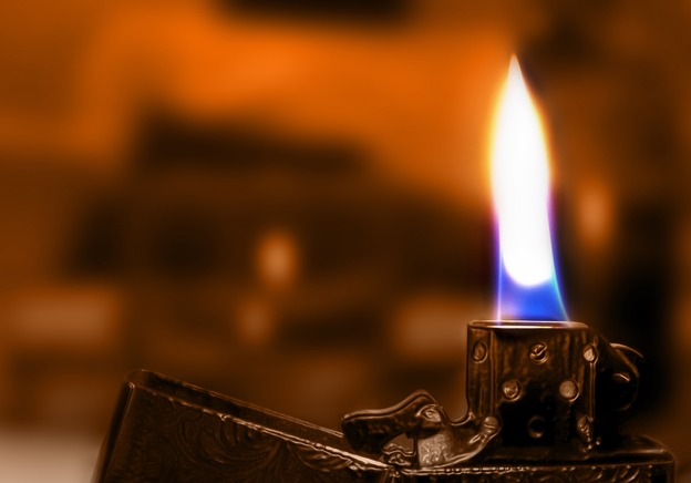 Expert Advice: How to Determine the Value of Your Antique Lighter