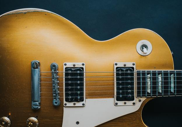 A beginner's guide to photographing your guitar