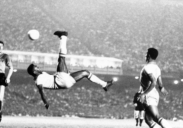 Pelé: the man behind the miracle