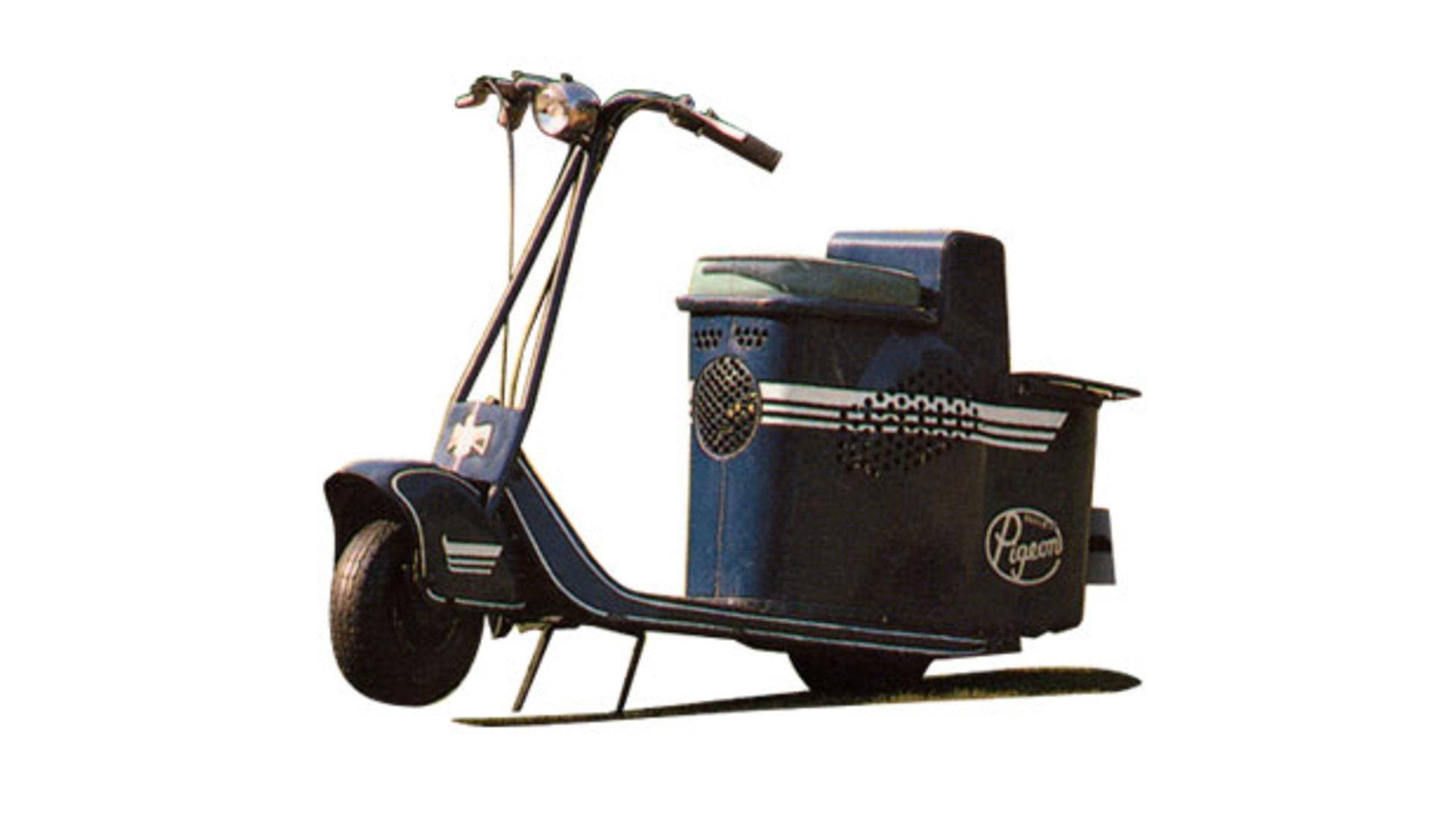 a95035f165 Il Juno K del 1954 non è stato solo il primo scooter della Honda, ma fu il  primo anche in altri ambiti. Si tratta del primo veicolo ad accensione  elettrica, ...