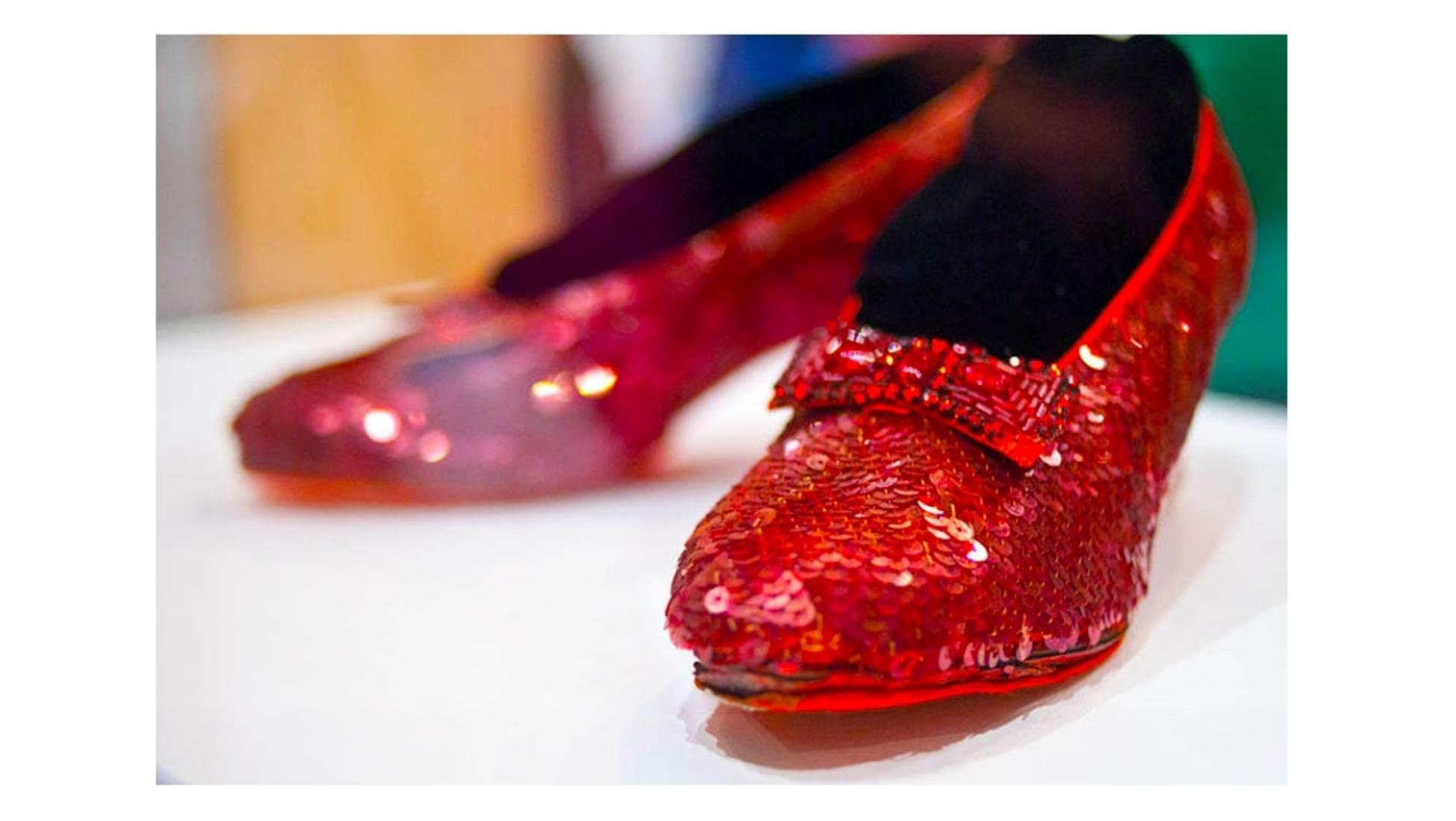 Das Geheimnis um die roten Schuhe von Dorothy Catawiki
