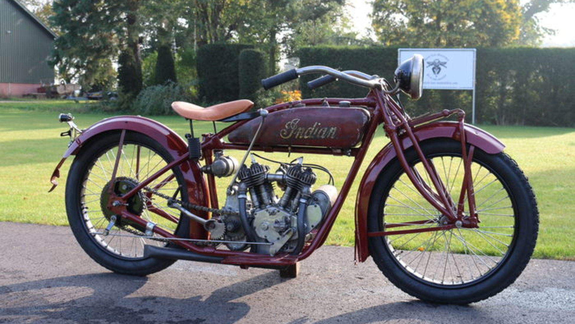 indian motorcycle essay College papers college papers (harley davidson: the american motorcycle essay) eventually harley found a match in racing when put against the indian motorcycles.