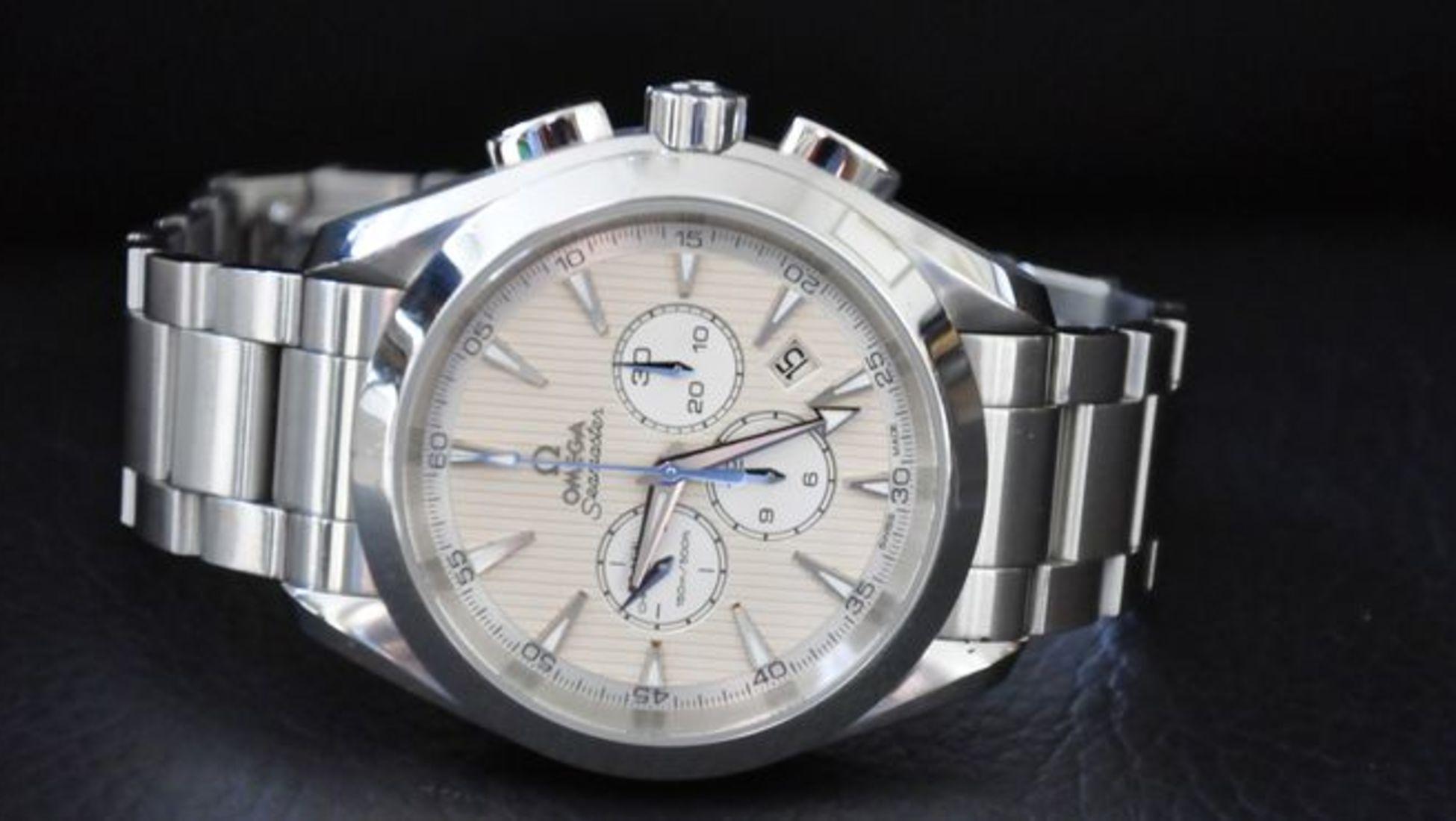 """c7ea7c557e6 Um conhecido comentador de notícias americano escreveu um artigo em que  definia os Omega vintage como relógios com uma """"riqueza discreta""""."""