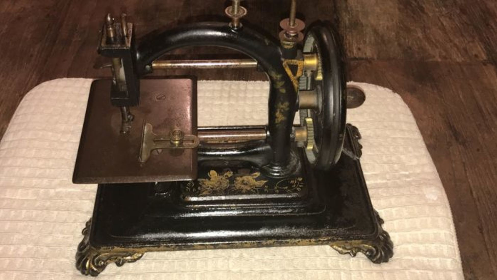 Dating old singer sewing machines
