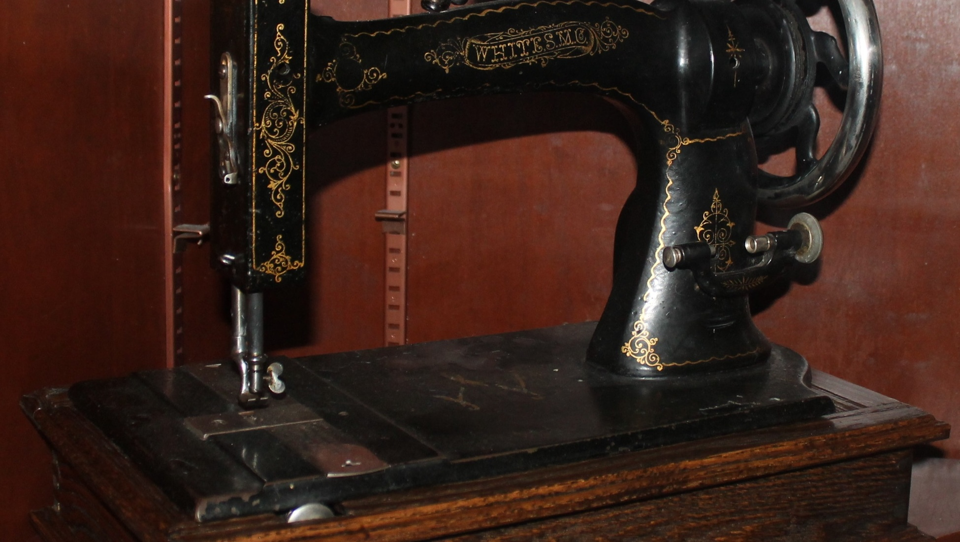 How To Determine The Value Of Your Old Sewing Machine Catawiki
