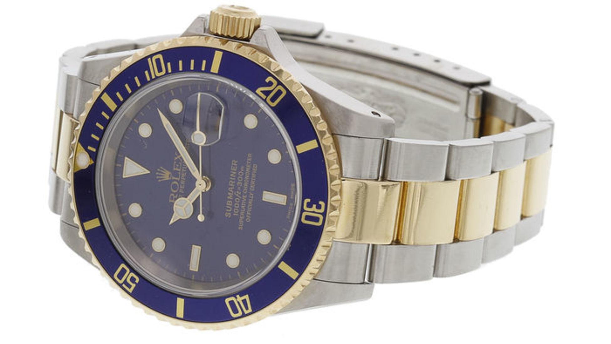 5319f68d09f Comprar barato e vender caro. Mas visto que será extremamente raro  conseguir comprar um Rolex