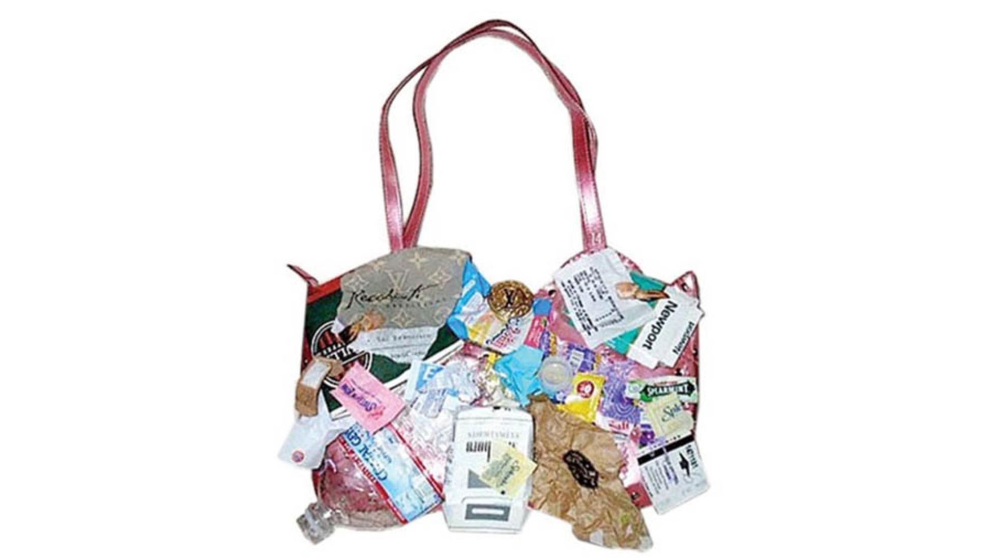 6b5021e330e Een Louis Vuitton tas kan een geweldige investering zijn, omdat dit soort  luxemerken meestal zeer populair blijven en vaak in waarde toenemen.