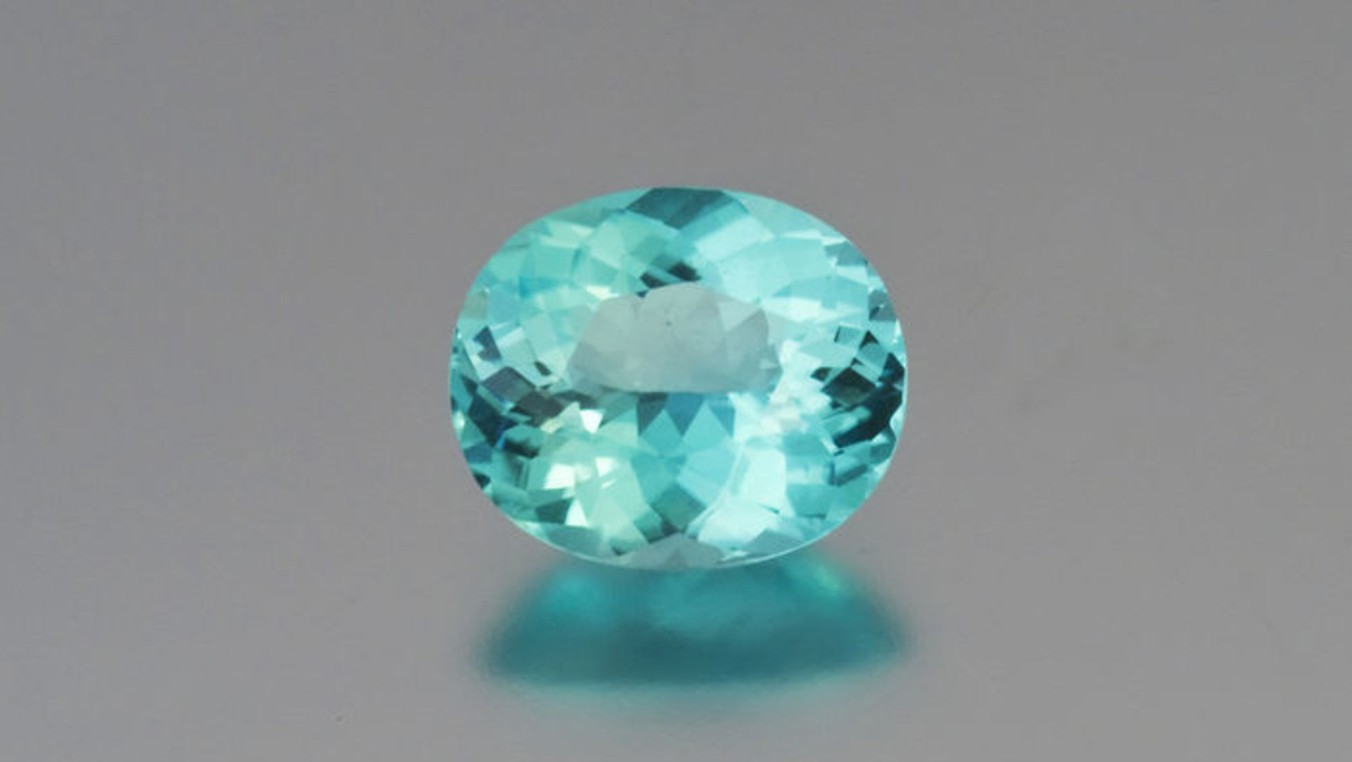 cut jewelry sapphire by green gemstone pristine rogerio bfcmblogbluegreen radiant teal graca