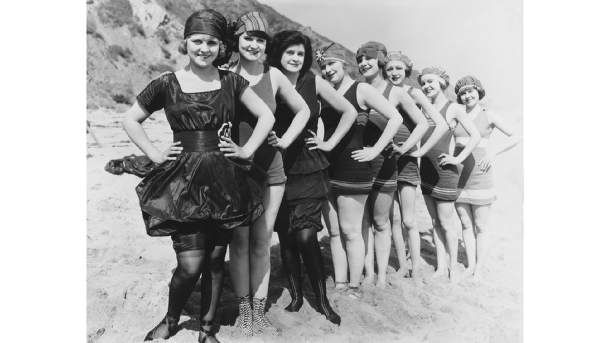 Vendita Costumi Da Bagno Vintage : Dalla cabina al bikini: i costumi nei secoli catawiki