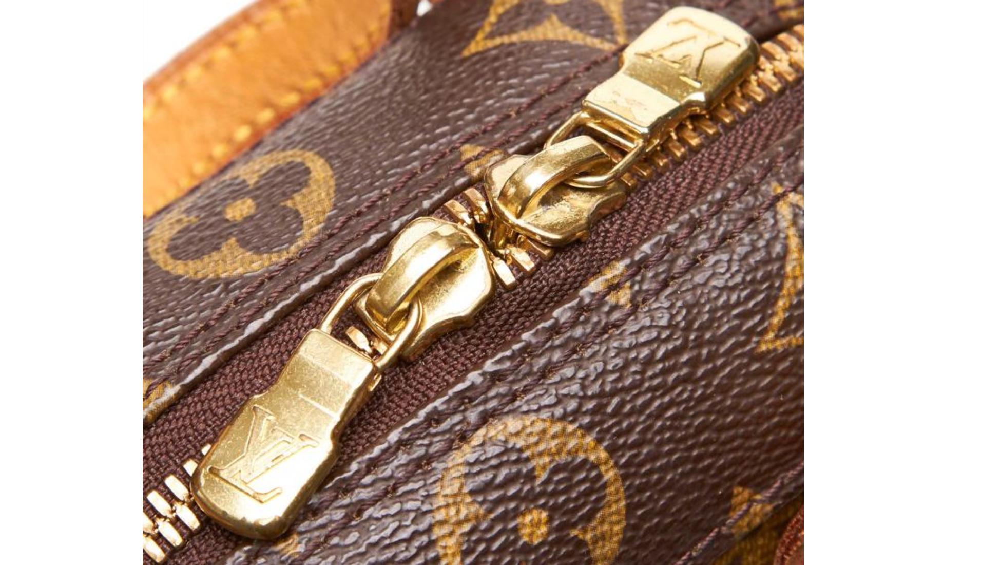 7f7745a77a1 Le guide de l Expert pour acheter un authentique sac Louis Vuitton ...
