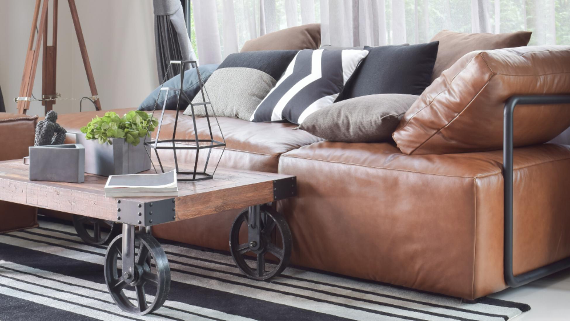 Malle Comme Table Basse comment donner un style rustique industriel à votre